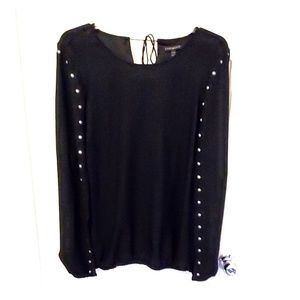 Cape style top- no sleeves